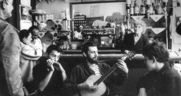 """O """"Hotel sem nome"""", onde a geração beat se reunia em Paris nos anos 1960 (Foto: Harold Chapman)"""