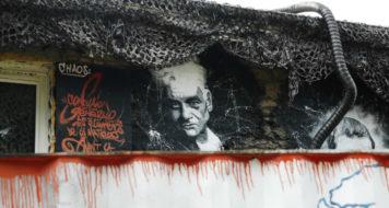 Grafite retratando o pensador Jacques Derrida (Reprodução/ Organ Museum)