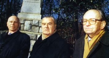 Serge Ravanel, Jean Pierre Vernant et Raymond Aubrac, janeiro de 1999 (Reprodução)
