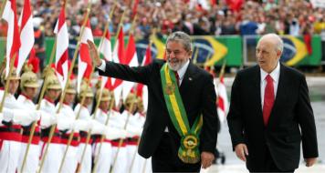 Lula e José de ALencar na posse do ex-presidente, em 2003 (Divulgação)