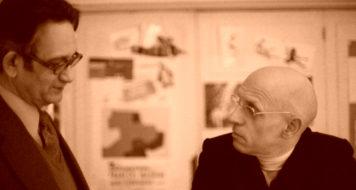 Michel Foucault e o escritor Claude Mauriac em 1976 (Foto Sophie Bassouls/ Latinstock)