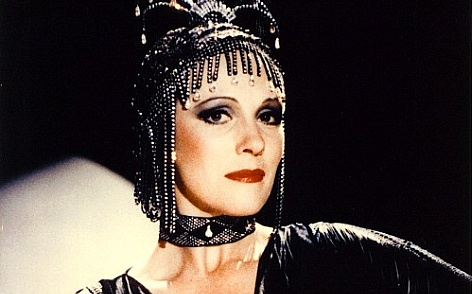 A atriz Julie Andrews em cena de