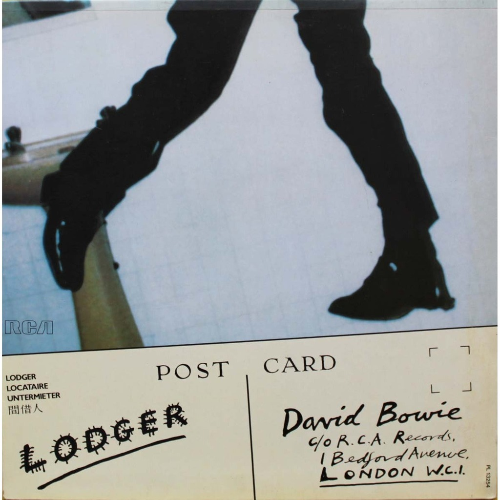 """Lodger (1979): O álbum encerra a """"Trilogia de Berlim"""", também conhecida como a trilogia eletrônica de Bowie"""