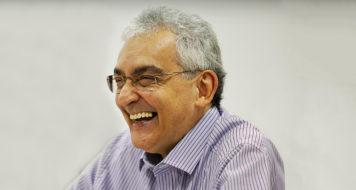 O poeta e professor de literatura Duda Machado (Lincon Zarbietti / Divulgação)