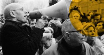 Os filósofos Michel Foucault, à esq., e Jean-Paul Sartre, em manifestação em fevereiro de 1972 (Marc Simon / Reprodução)