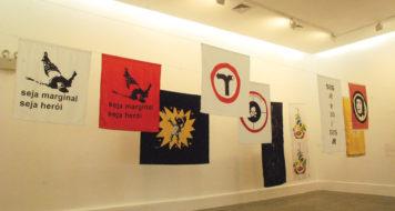 Vista geral da exposição Bandeiras na Praça Tiradentes (Foto Eduardo Coelho)