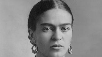 Frida Kahlo em retrato de Guillermo Kahlo
