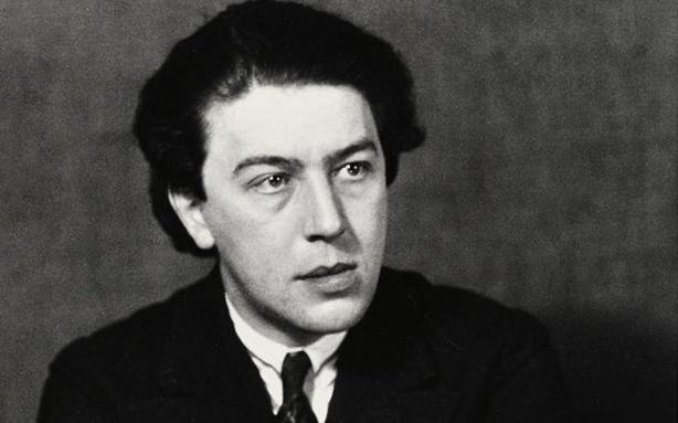O escritor e teórico do surrealismo André Breton (Foto: reprodução)