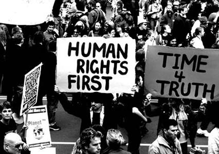 Direitos humanos e diversidades: uma agenda da radicalização democrática