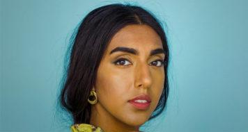 A poeta Rupi Kaur, autora de 'Outros jeitos de usar a boca' (Foto: Divulgação)