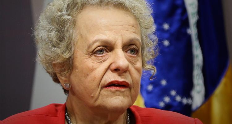 Com uma canetada, institucionalizou-se a cultura do estupro no país, diz Eleonora Menicucci