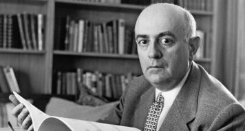O filósofo, sociólogo, musicólogo e compositor alemão Theodor Adorno (Reprodução)