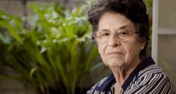 A escritora Maria Valéria Rezende