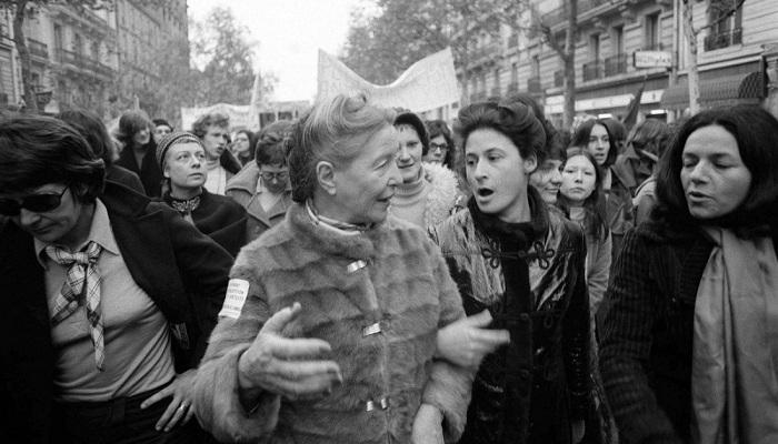 Simone de Beauvoir e Sylvie Le Bon de Beauvoir em Paris, 1971