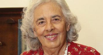 Ecléa Bosi, professora emérita e titular do Departamento de Psicologia Social e do Trabalho no Instituto de Psicologia da Universidade de São Paulo