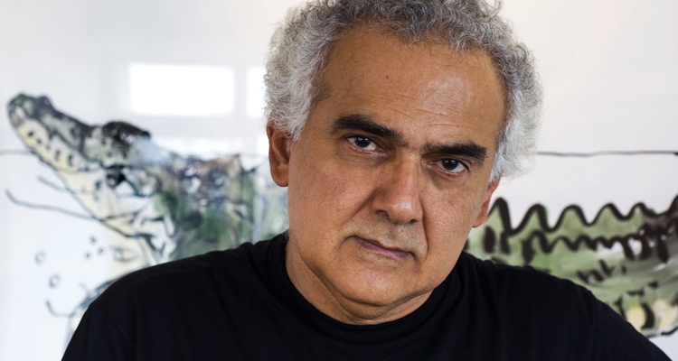'Somos governados pelo que há de mais vil e torpe na política brasileira', diz Milton Hatoum