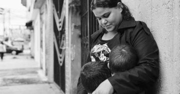 Rebeca e os filhos (Foto: Arquivo Pessoal/ Reprodução)