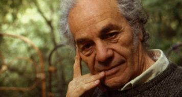 O poeta chileno Nicanor Parra, morto nesta terça (23), aos 103 anos (Divulgação)