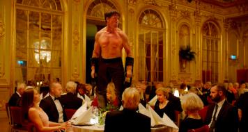 The Square: Terry Notary como Oleg (Divulgação)