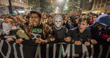Cena do documentário, Junho – O mês que abalou o Brasil (Reprodução)
