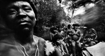 yanomami, amazonas, 1974 (Claudio Andujar)