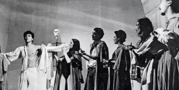 Roda Viva em montagem de 1968, dirigida por José Celso Martinez Corrêa