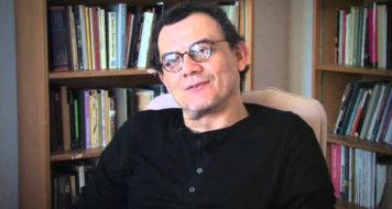 O escritor e jornalista salvadorenho Horacio Castellanos Moya (Reprodução)