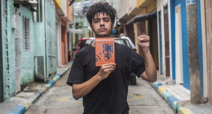 O escritor Alexandre Ribeiro (Fotos: Lucas Sampaio)