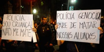 Manifestação na região do Largo do Machado, na zona sul da capital fluminense, contra as ações da Polícia Militar nas favelas do Rio (Tomaz Silva/Agência Brasil)