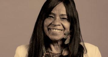 A escritora e poeta Eliane Potiguara (Foto: Agência Ophelia)