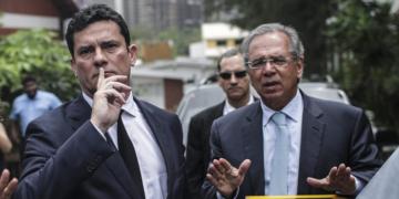 Sergio Moro e Paulo Guedes EFE-Antonio Lacerda