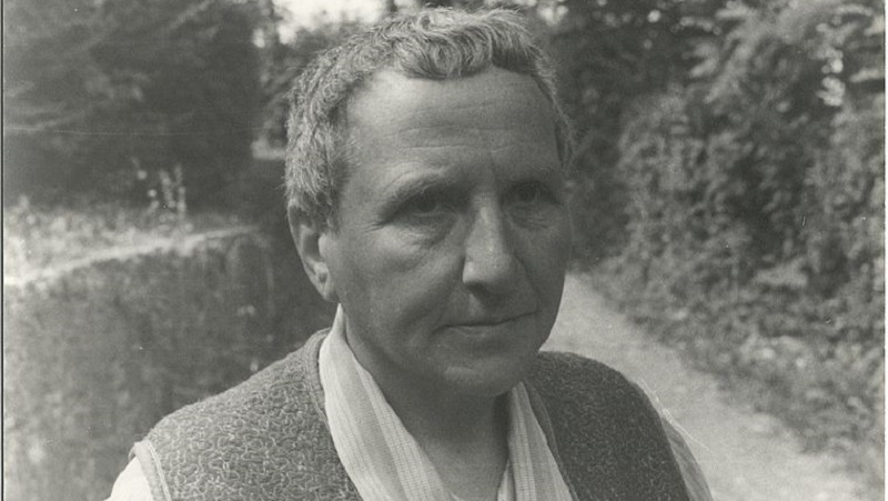 Estante: Gertrude Stein, Ailton Krenak, Walter Benjamin