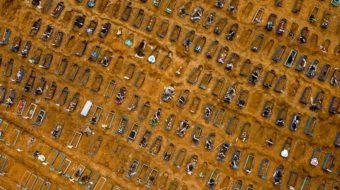 Manaus AM 15.05.20 Sepultamentos no Cemitério Nossa Senhora Aparecida. causado pela Pandemia do Covid-19 Foto: Alex Pazuello/Semcom