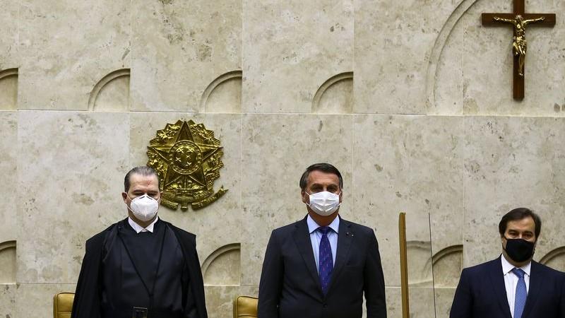 Brasil: um país sadomasoquista