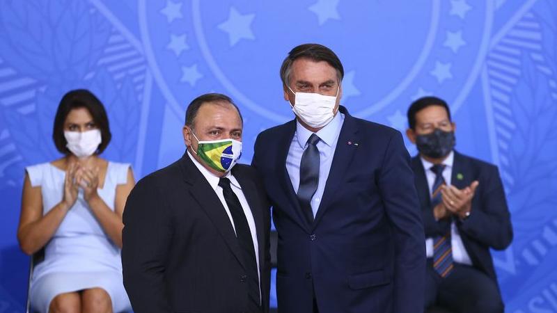 O maniqueísmo animista de Bolsonaro e a bronca em Pazuello
