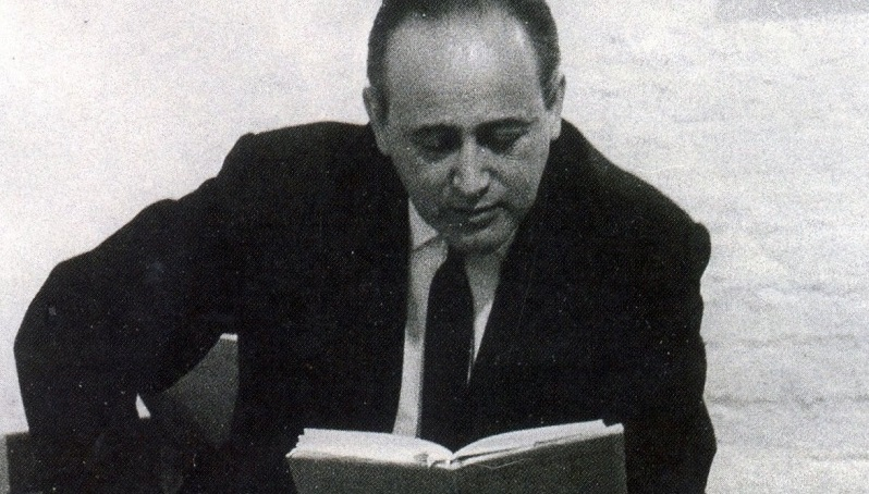 Paul Celan visita a galeria Dorothea Loehr, em Frankfurt, julho, 1964 (Foto: DR