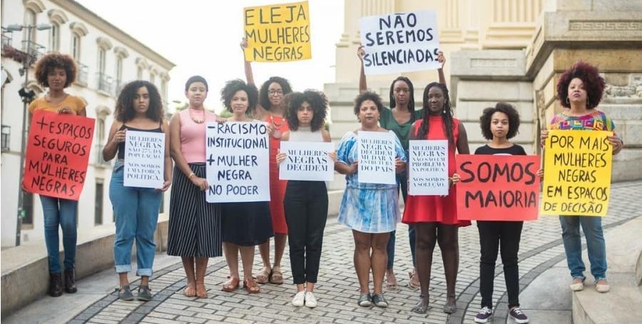 Mulheres negras na política: celebrar não é baixar a guarda