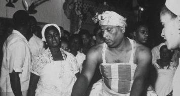 Cerimônia de umbanda (no Rio de Janeiro), fonte de uma cultura que sofreu epistemicídio ACERVO CORREIO DA MANHÃ/ARQUIVO NACIONAL