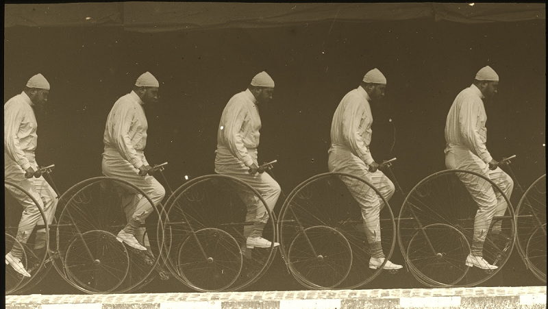 Chronophotograph of a Man on a Bicycle, por etienne jules marey