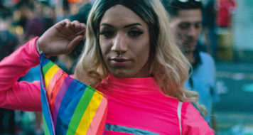 Participante da parada LGBTI+ de São Paulo MATTEUS BERNARDES/PEXELS em 2019