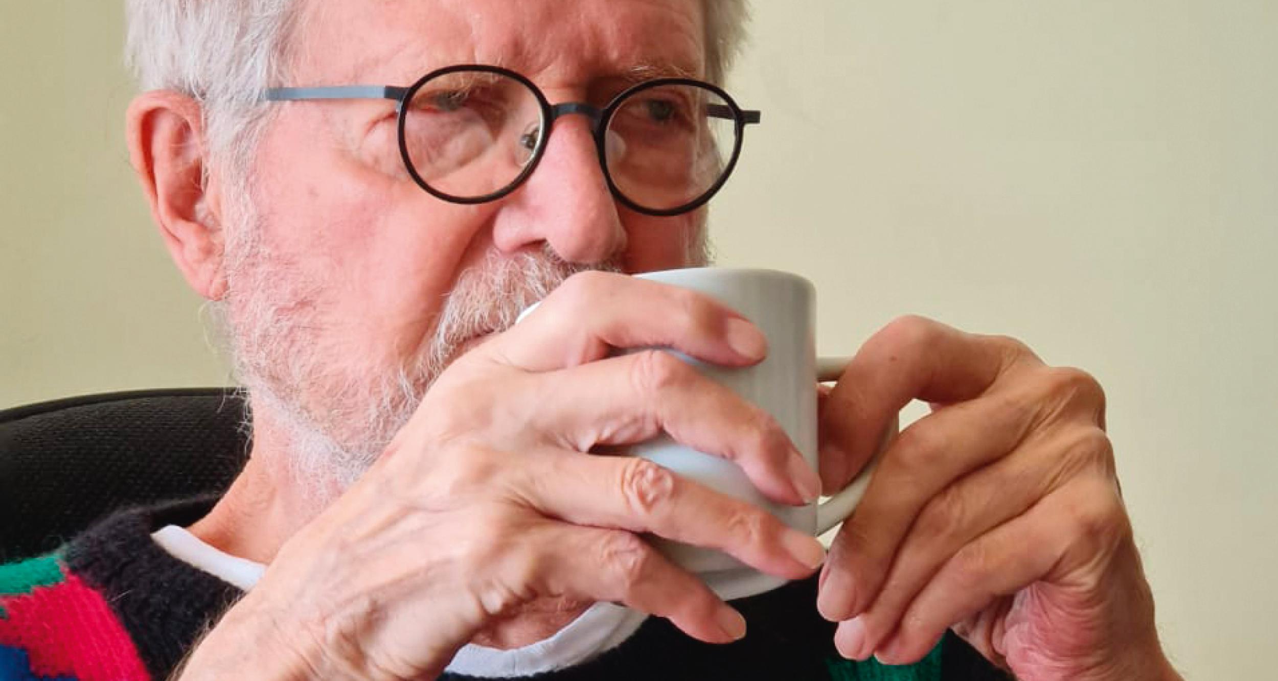 Em novo livro, Jean-Claude Bernardet diz por que interrompeu tratamento de câncer