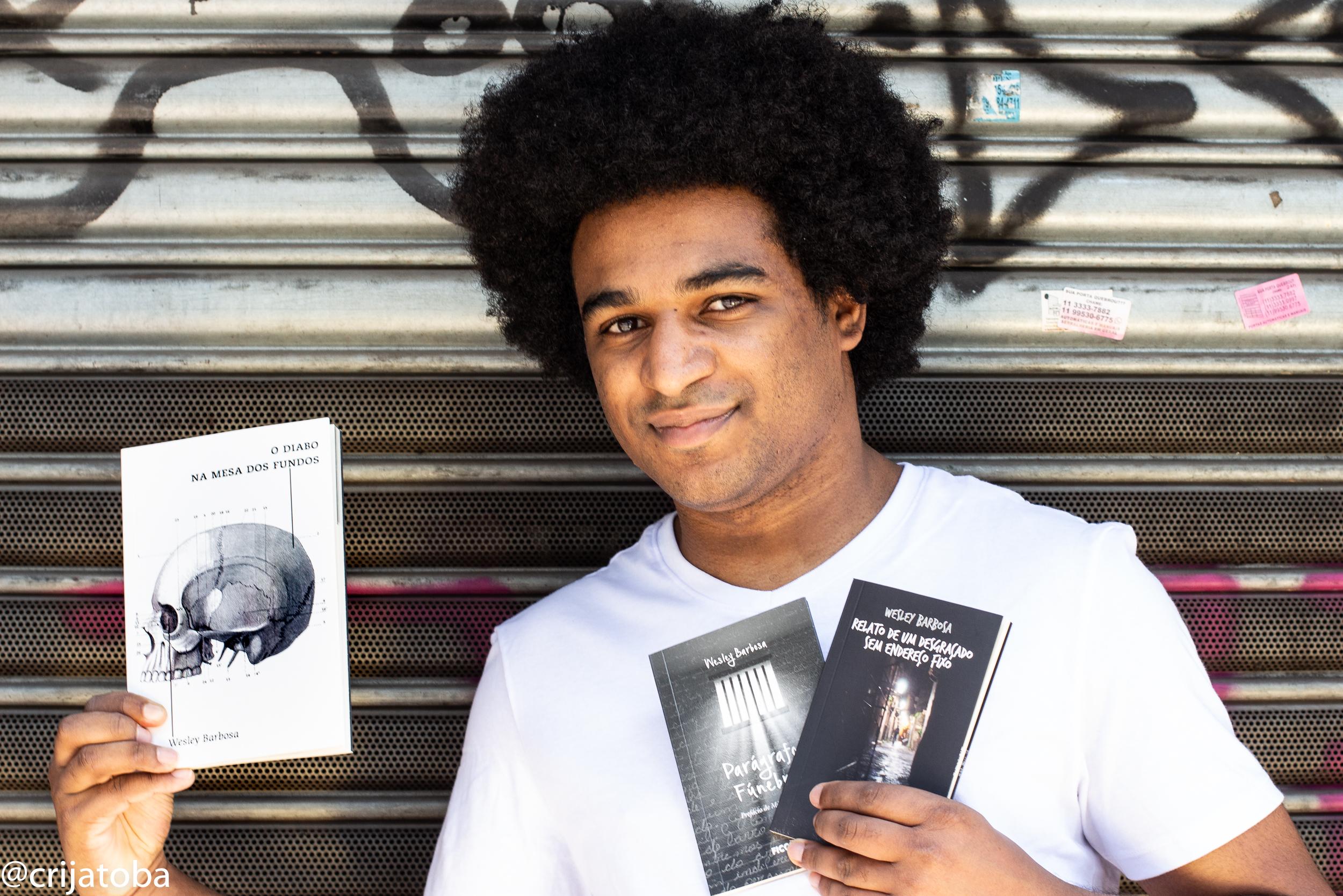 O escritor Wesley Barbosa